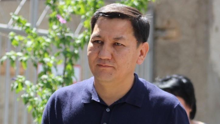Абдил Сегизбаев да жооп береби?