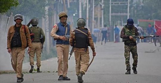 Индия менен Пакистандын ортосунда ок атышуу башталды